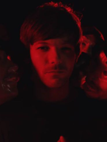 Louis Tomlinson - Walls - Capture YouTube