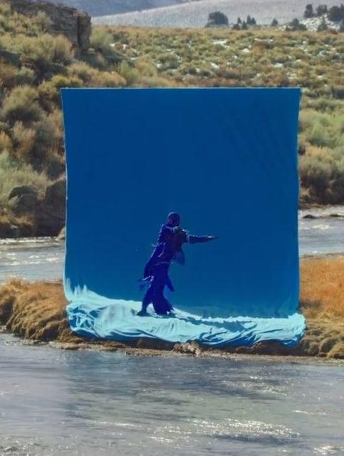 Tiësto - BLUE - Capture YouTube