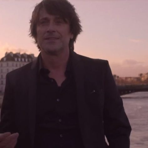 Thomas Dutronc - Plus je t'embrasse - Capture YouTube