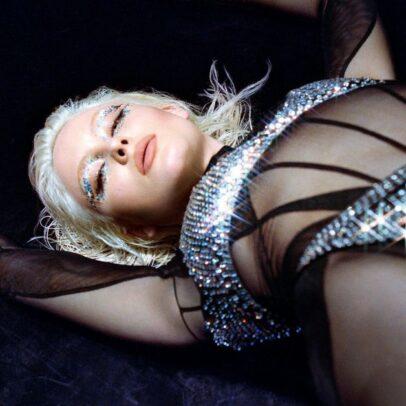 Zara Larsson - Love Me Land - Capture YouTube