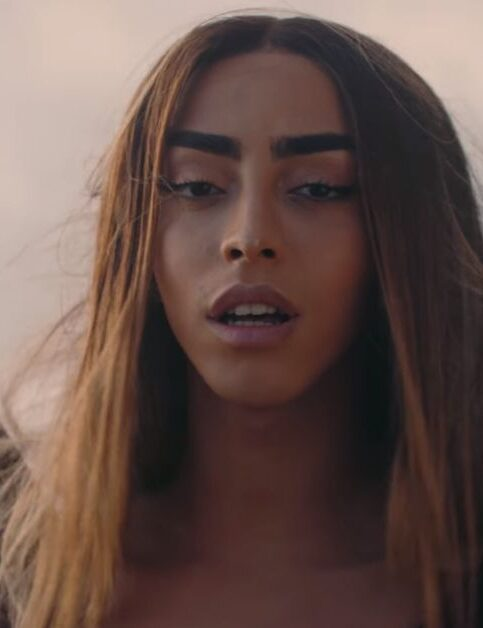 Bilal Hassani - Tom - Capture YouTube