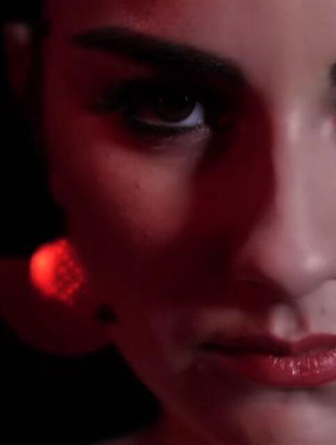 Mila Rose - Bonita - Capture YouTube