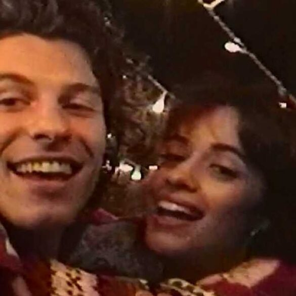 Shawn Mendes & Camila Cabello - The Christmas Song - Capture YouTube