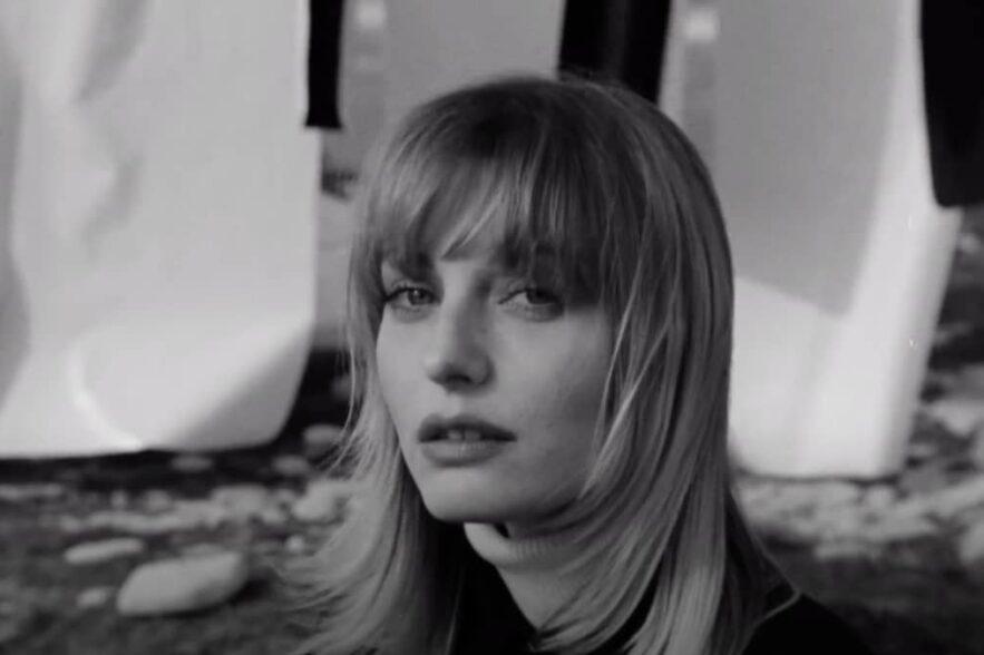 Janie - Mon idole - Capture YouTube